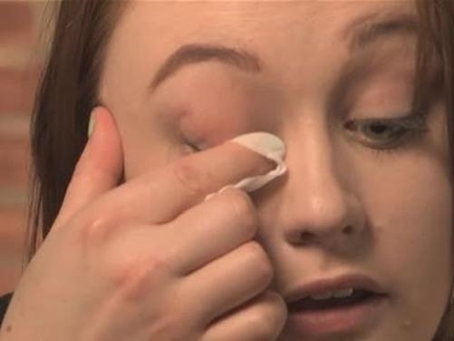 mascara removal